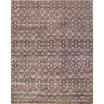 Jasny dywan z klasycznym worem